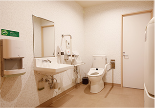 1F 無障礙廁所